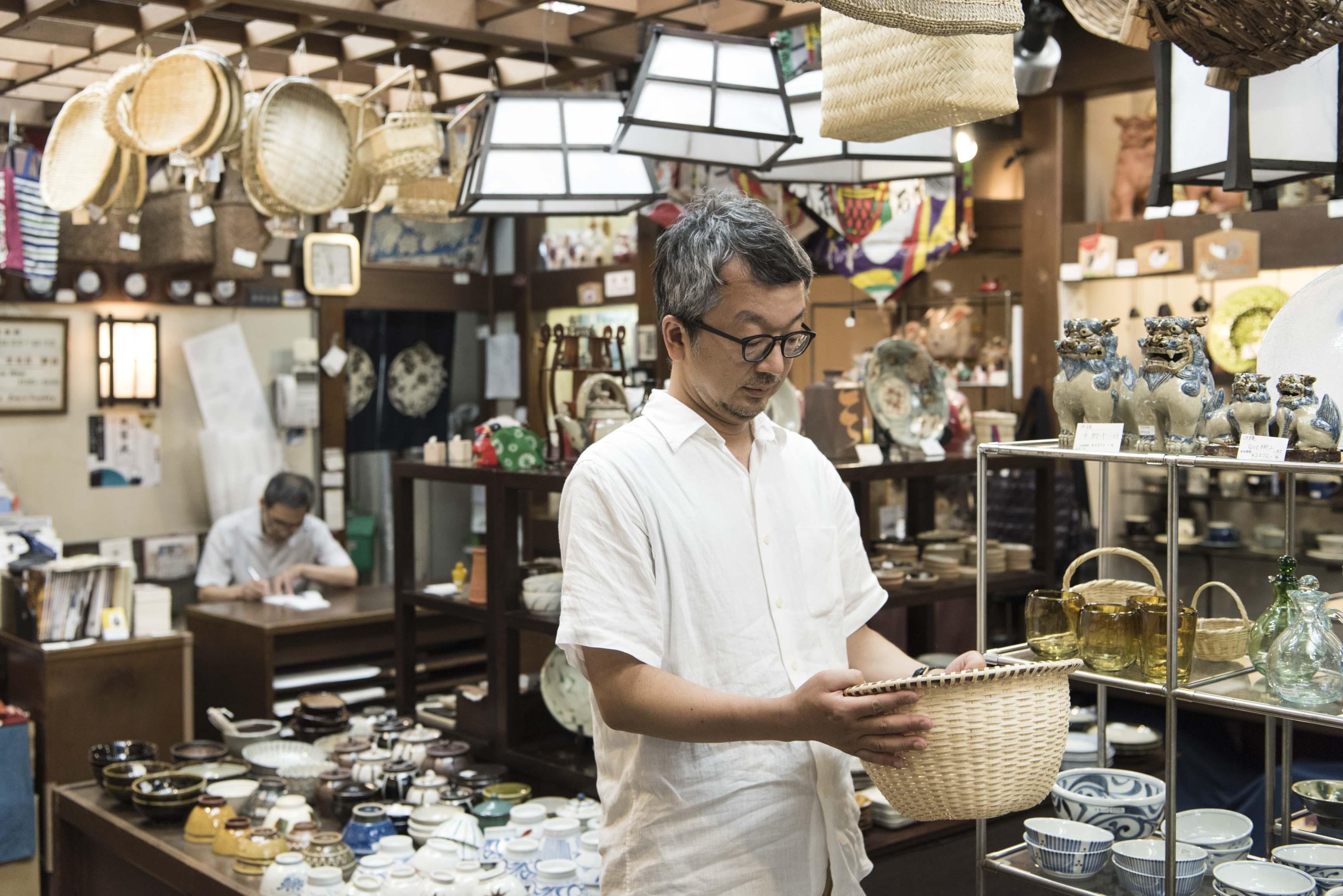 連載:大熊健郎がめぐる、芸術に高まった日本の職人仕事「民藝」 第3回/銀座たくみで知る、民藝の愉しみ