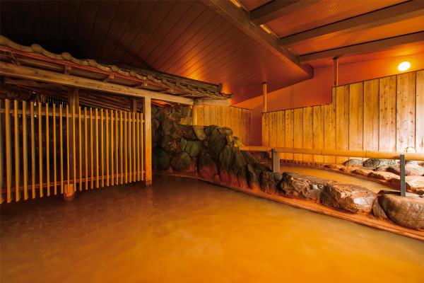 「有馬温泉」日本書紀にも記された600万年以上の歴史を持つ名湯で、古の時代にタイムスリップ!?