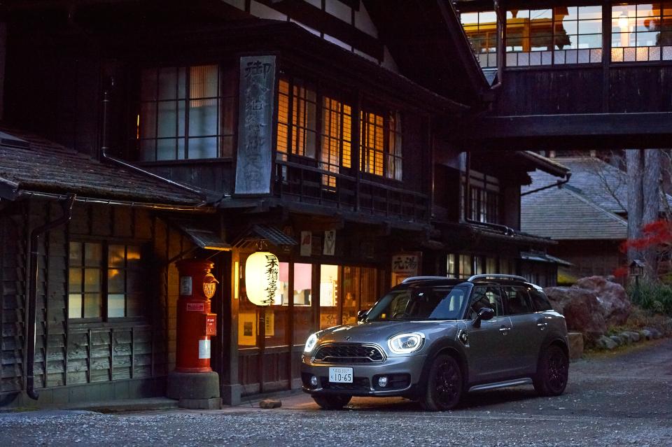 MINI Crossover PHEVで目的地までのドライブも楽しむ<br/>週…
