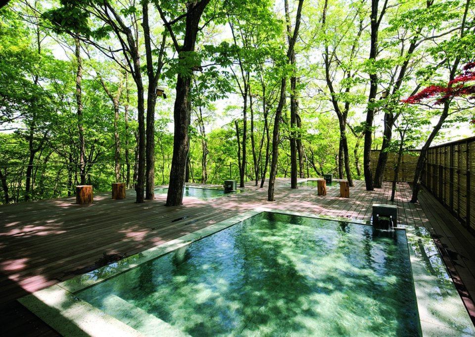 <b>夏は避暑地の温泉宿が正解!</b></br>旅の達人に聞くおすすめの夏宿