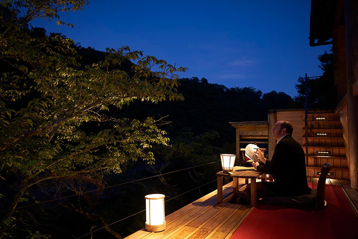 <b>京都・嵐山で体験!</br>平安貴族も愛でた景色がある宿「星のや京都」へ</b>