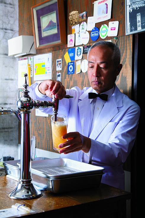 1日2時間2杯まで……広島で飲む究極の一杯「ビールスタンド重富」