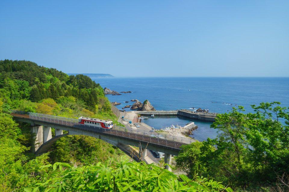 六角精児さん、西村京太郎さんも勧める</br>今すぐ出掛けたい秋の列車旅