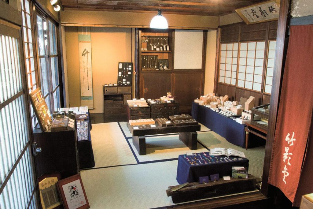 <b>ギュッと京都巡り <br>「京都市役所前駅」界隈でお土産探し</b>