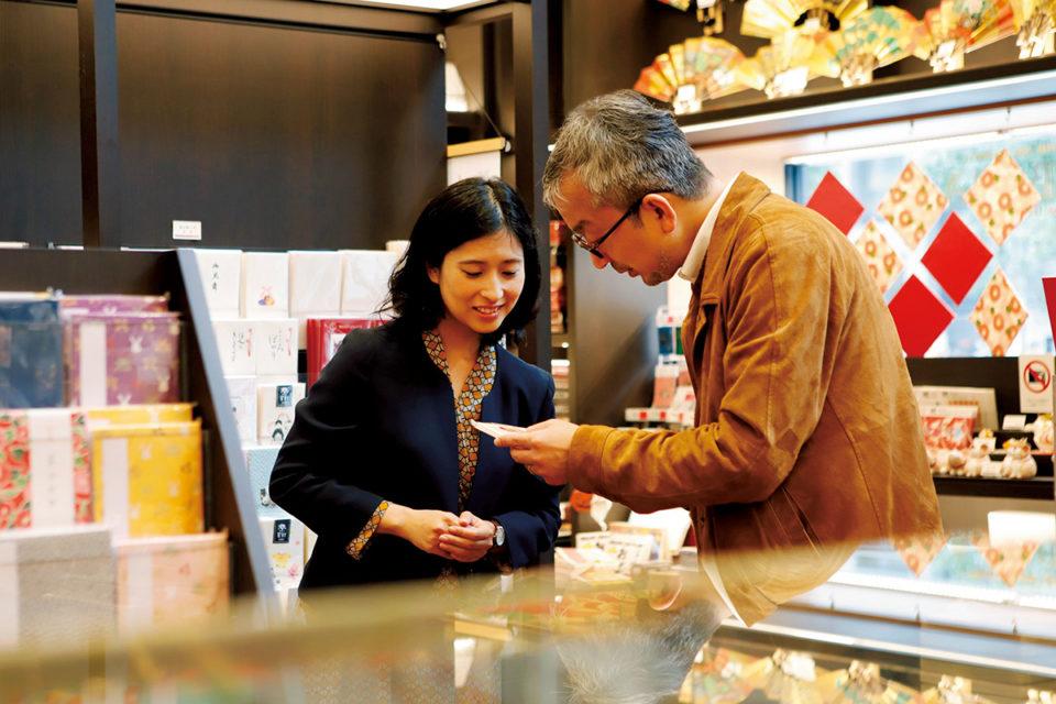 創業200年以上の和紙舗「榛原」<br>大熊健郎の東京名店探訪