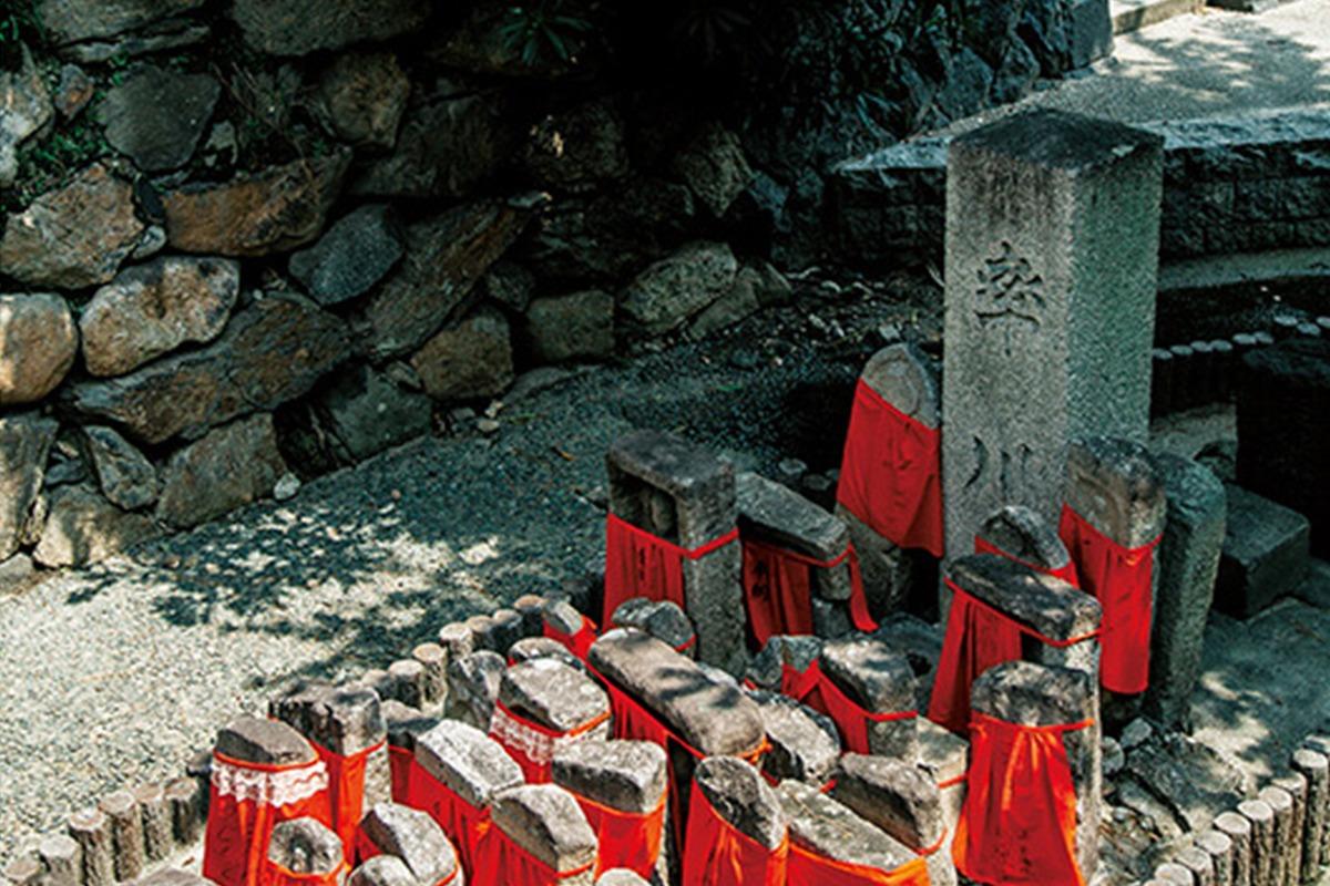 <b>伝説が息づく「ならまち」を再発見<br>はじまりの奈良</b>