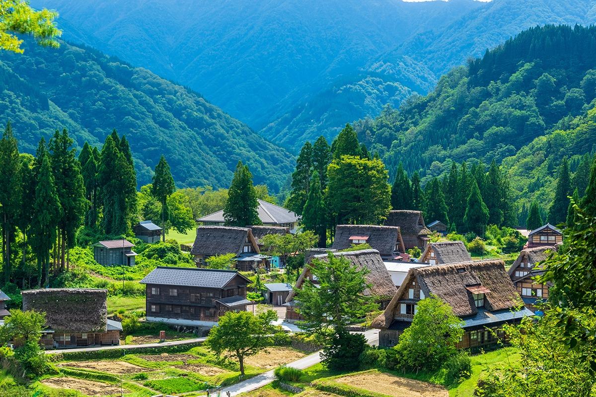 「富山県」山と海、高低差4000mの自然の恵みから生まれた水の王国