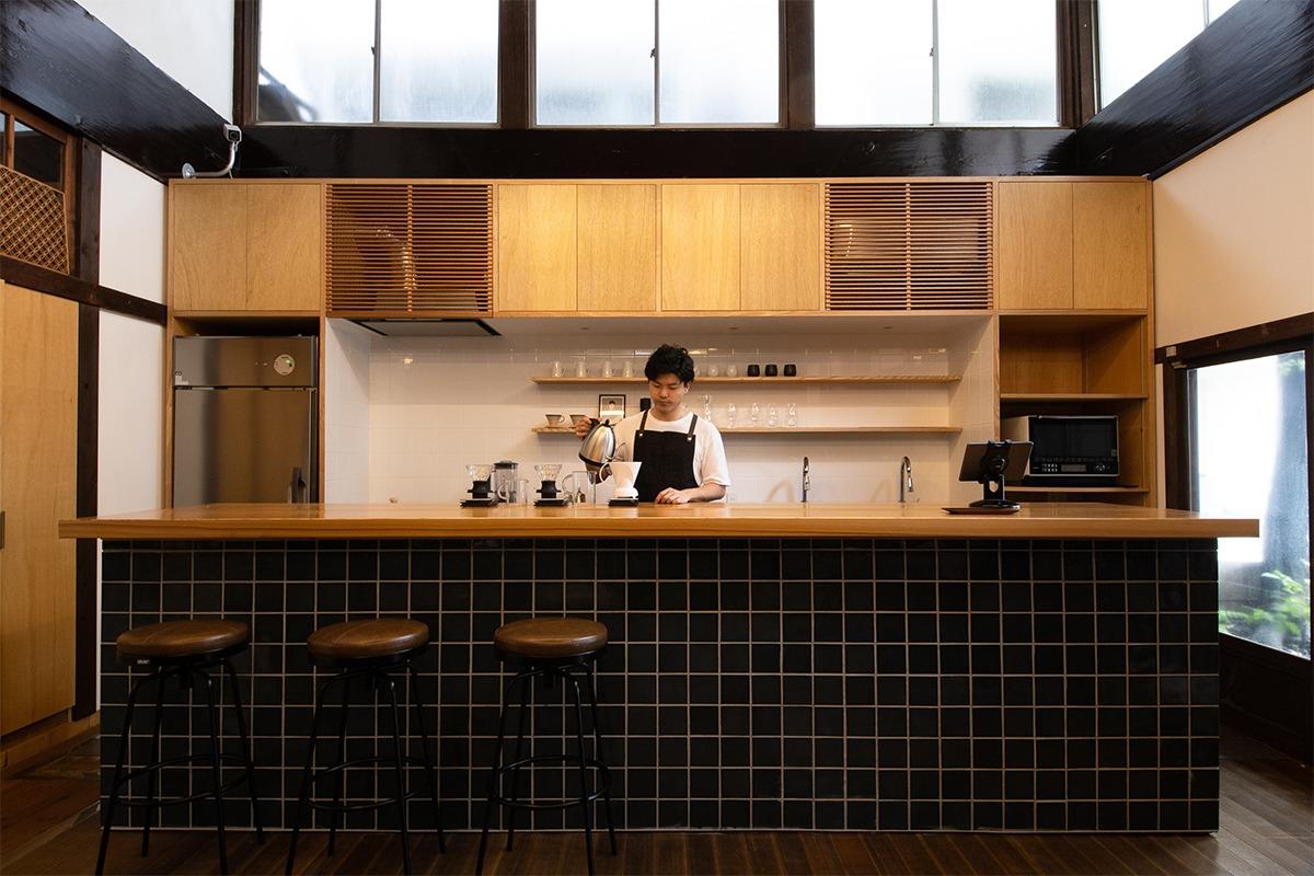 築90年の銭湯がカフェに生まれ変わった<br>「レボン快哉湯」