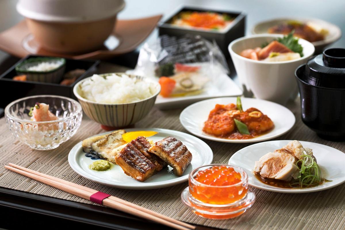 東京ステーションホテルで人気の<br>アトリウム朝食ブッフェが復活