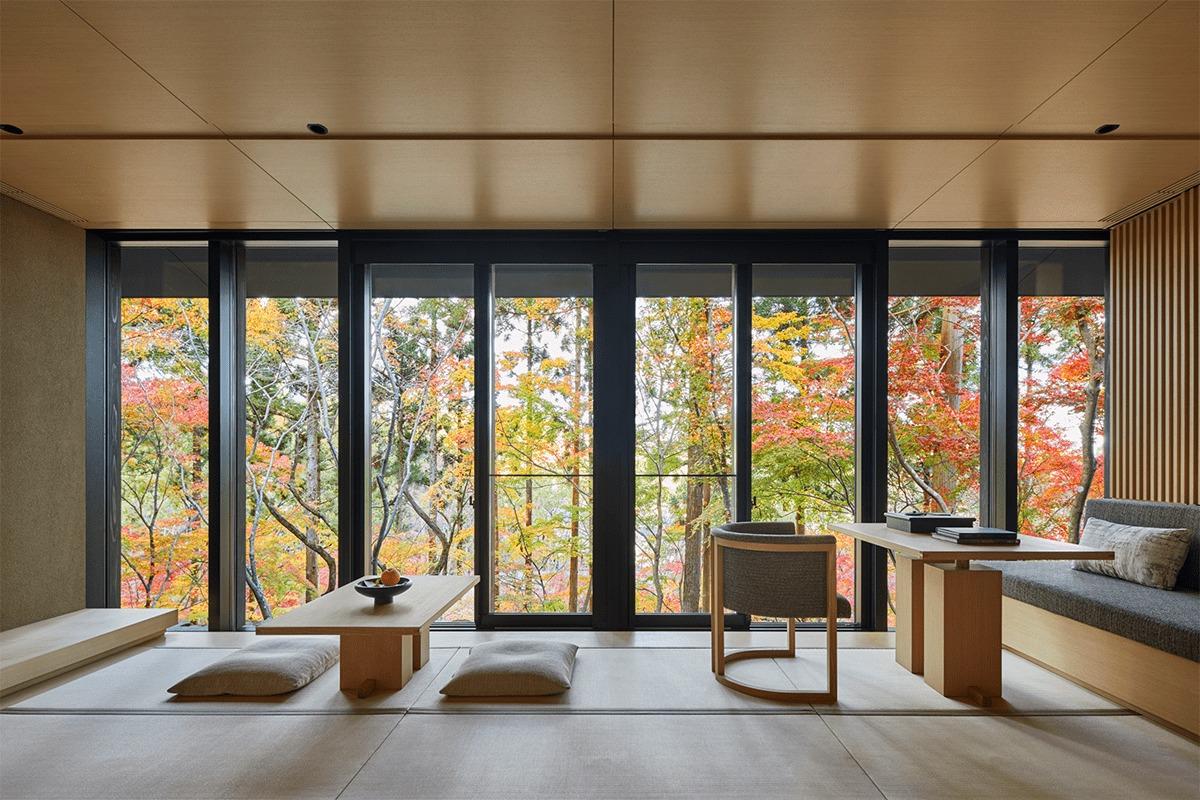 『アマン京都』開業1周年記念<br>もみじが色づきはじめるの森の庭で、野点茶会やグリルとワインを味わう