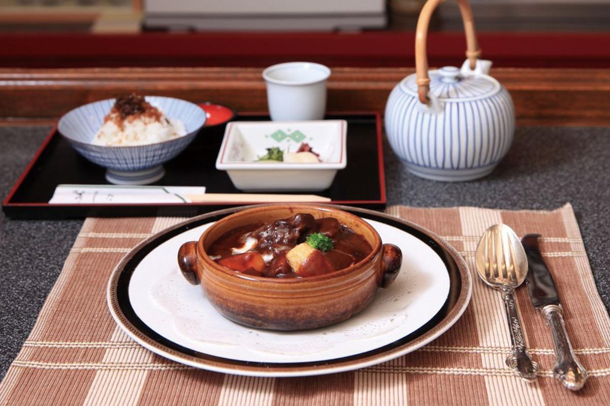 """京都の""""ふたつの洋食""""って何ですか?<br><small>作家 柏井壽が案内する定番の京都</small>"""