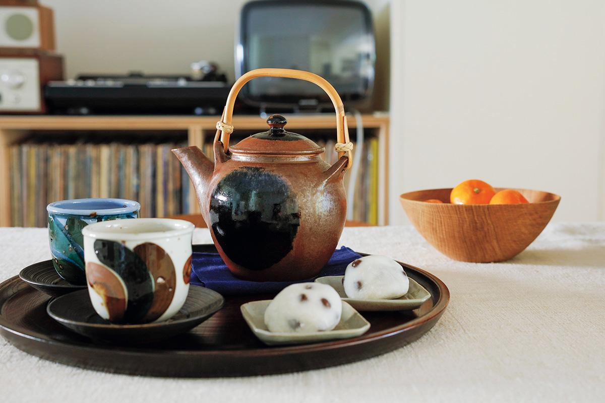 「出西窯の土瓶」で茶の間の懐かしさを。<br><small>ただいま、ニッポンのうつわ</small>