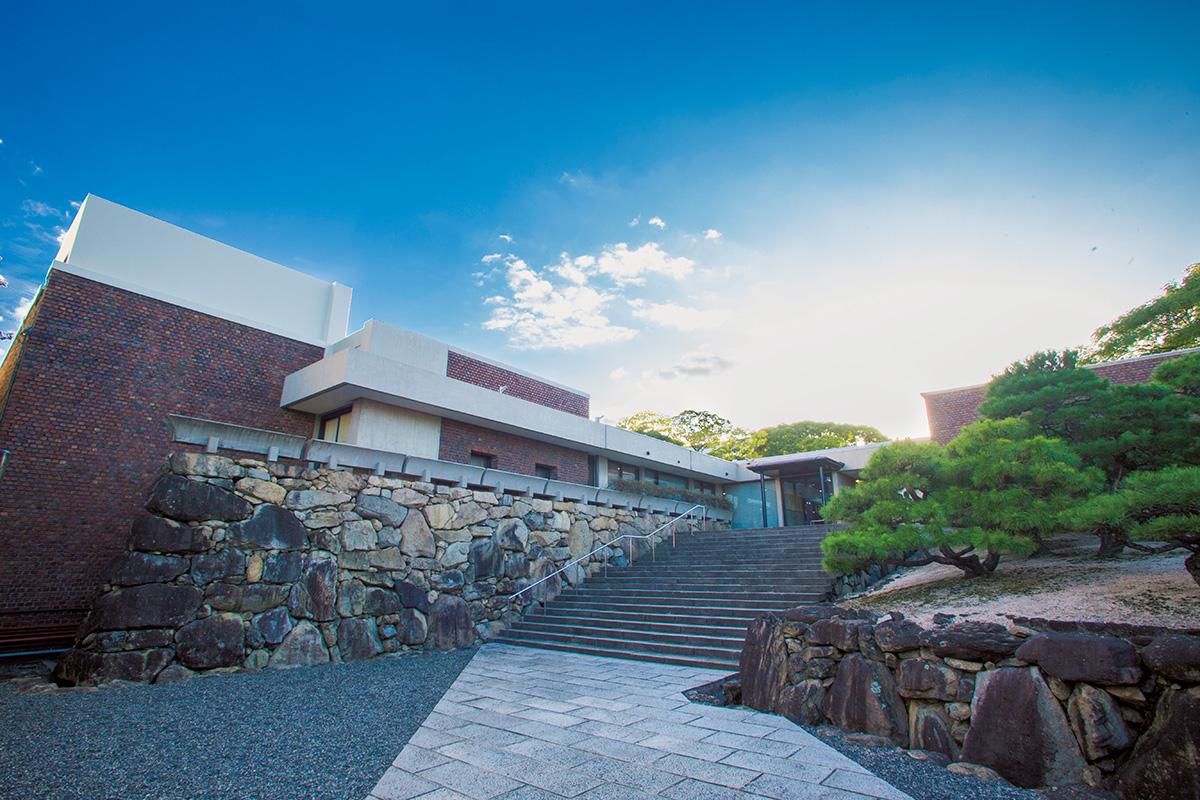 地域が誇る美に出合う旅。岡山デザイン探訪<br><small>いま訪ねたい、プレミアムなせとうち</small>