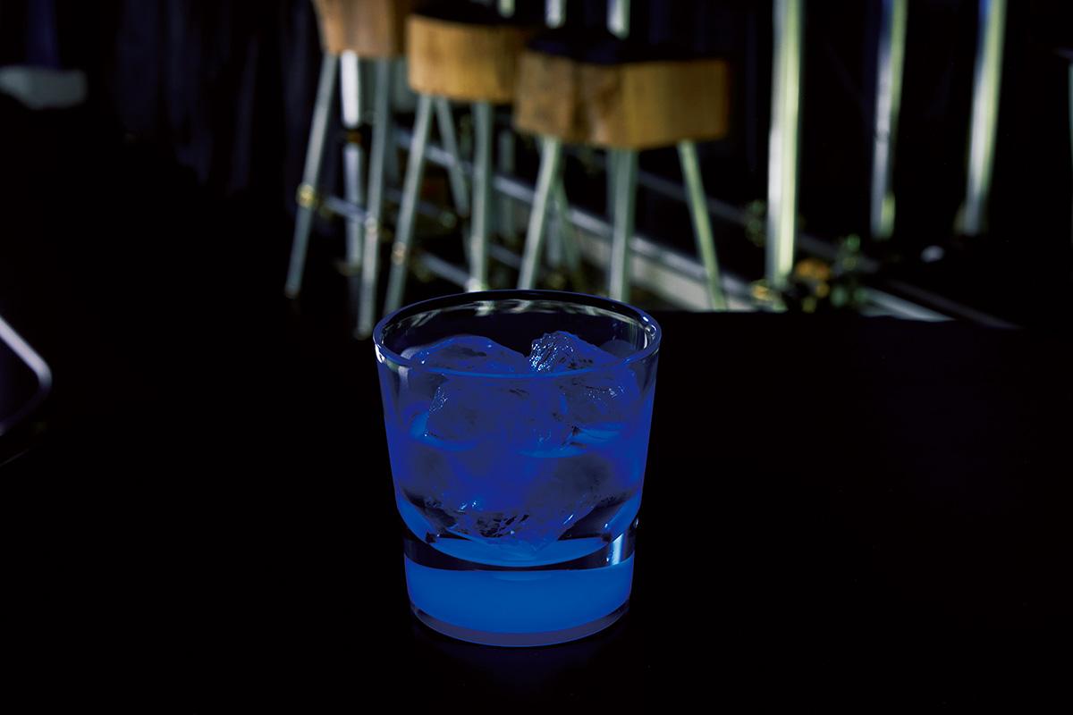 刻SAKEに青く光る獺祭、IWA5など今知っておくべき日本酒