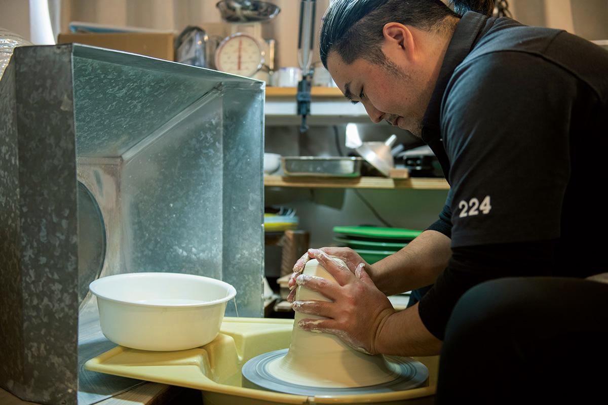 肥前吉田焼の伝統を革新する<br>「224porcrlain」のクリエイティブ