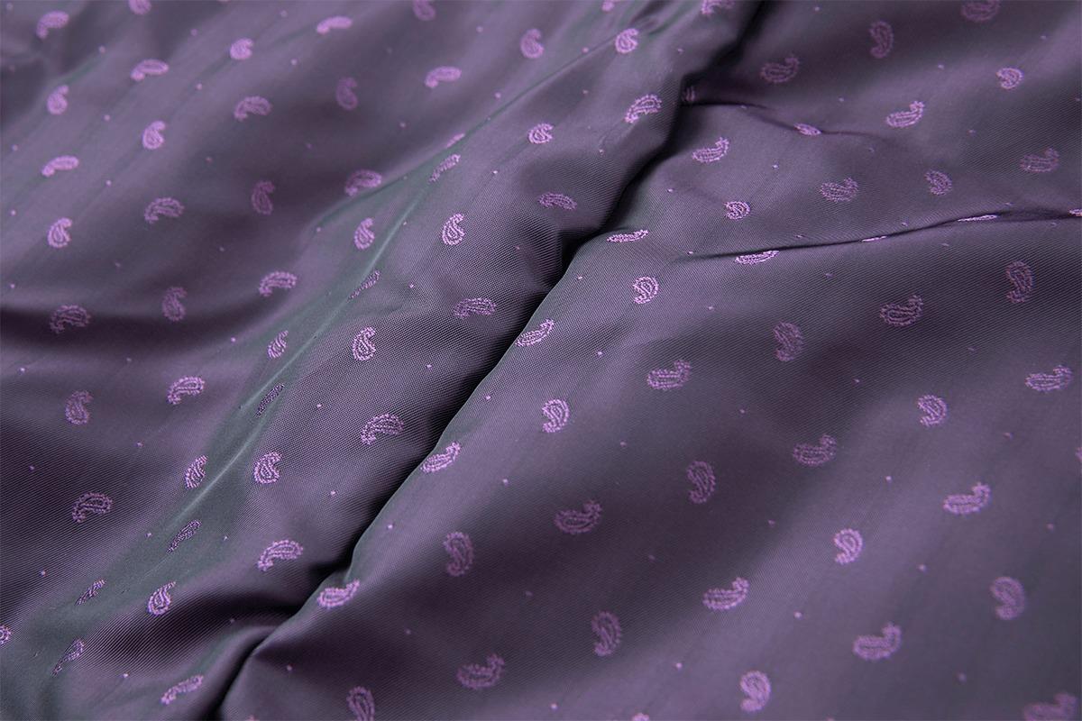 正装と自由な思想と楽しさからなるブランド「DRESS HIPPY」のコート