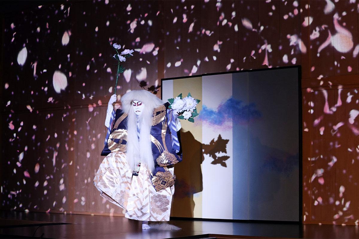 """""""歌舞伎界の貴公子""""がテクノロジーアートに挑戦!<br>尾上菊之助×ビジュアルデザインスタジオ「WOW」"""