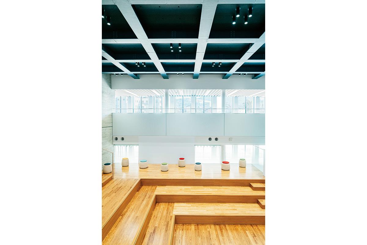 奈良県立大学からはじまった<br>新しい「地域創造」の挑戦<br><small>はじまりの奈良</small>