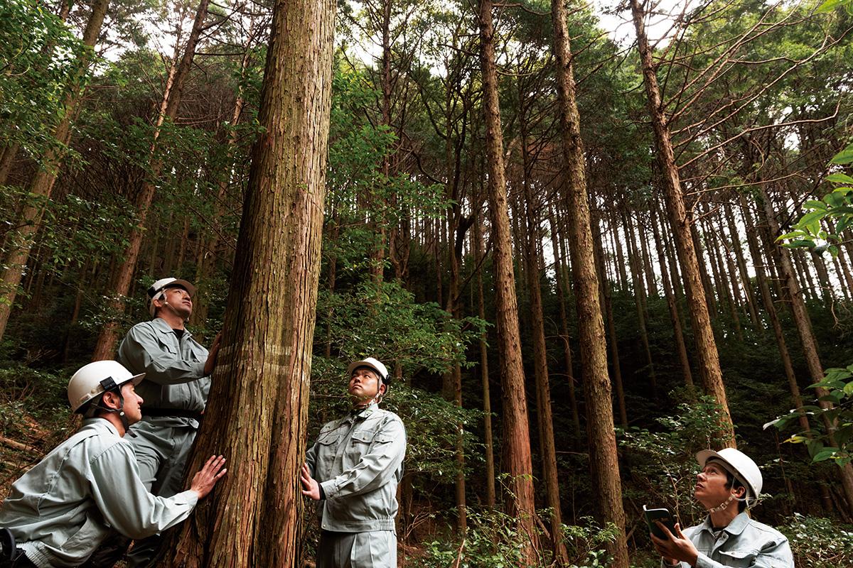写真家・浅田政志さんが切り取る、<br>三重の文化を伝える人々<br>|伊勢神宮編
