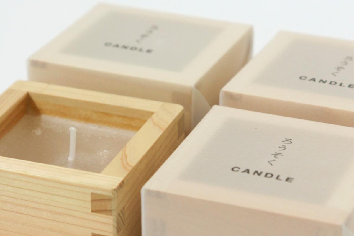 ひのきの枡に、ひのきの香りの蝋。SyuRo(シュロ)の「アロマキャンドル 」