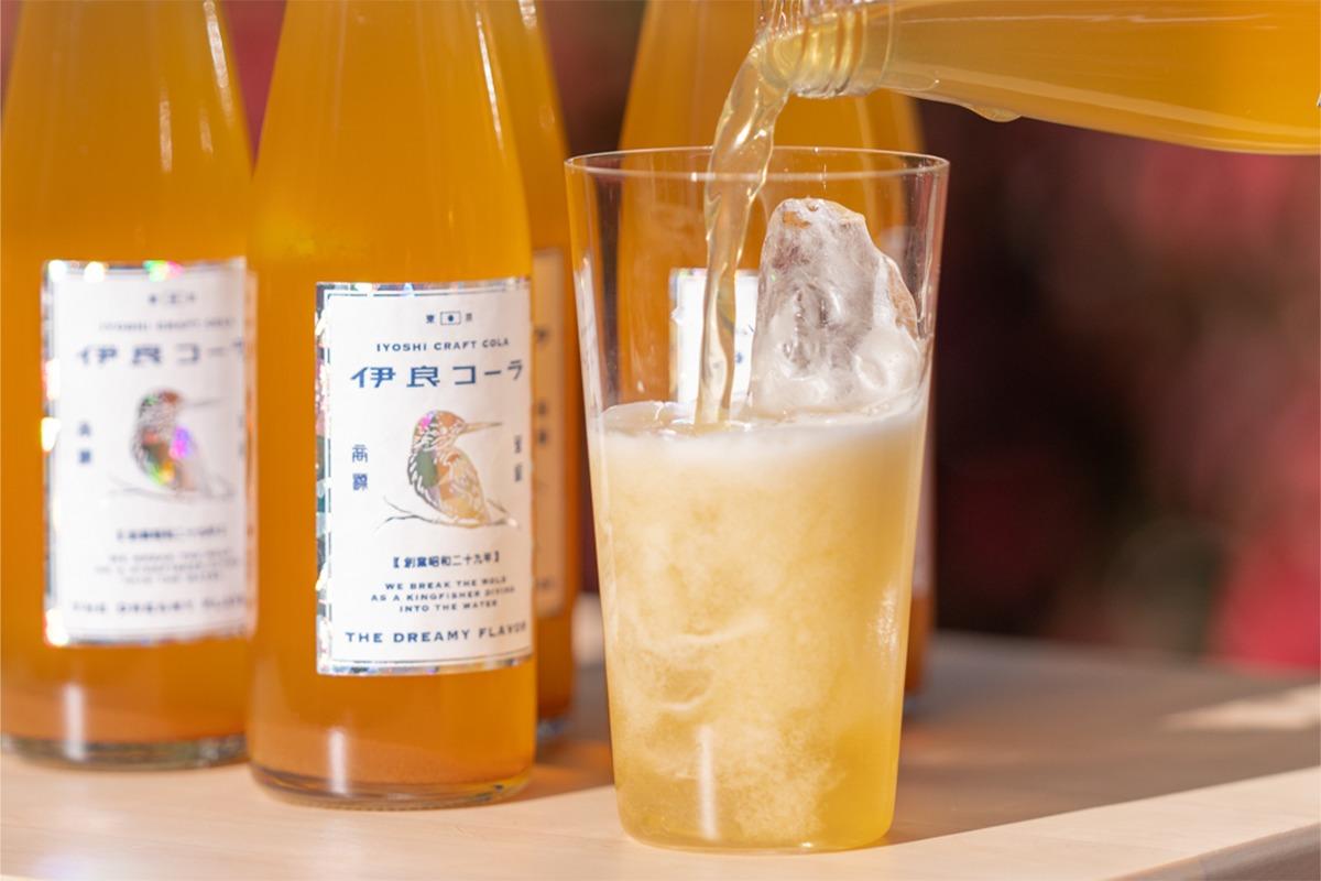 「伊良コーラ(いよしコーラ)」祖父から孫へ受け継がれる、世界初のクラフトコーラ専門店