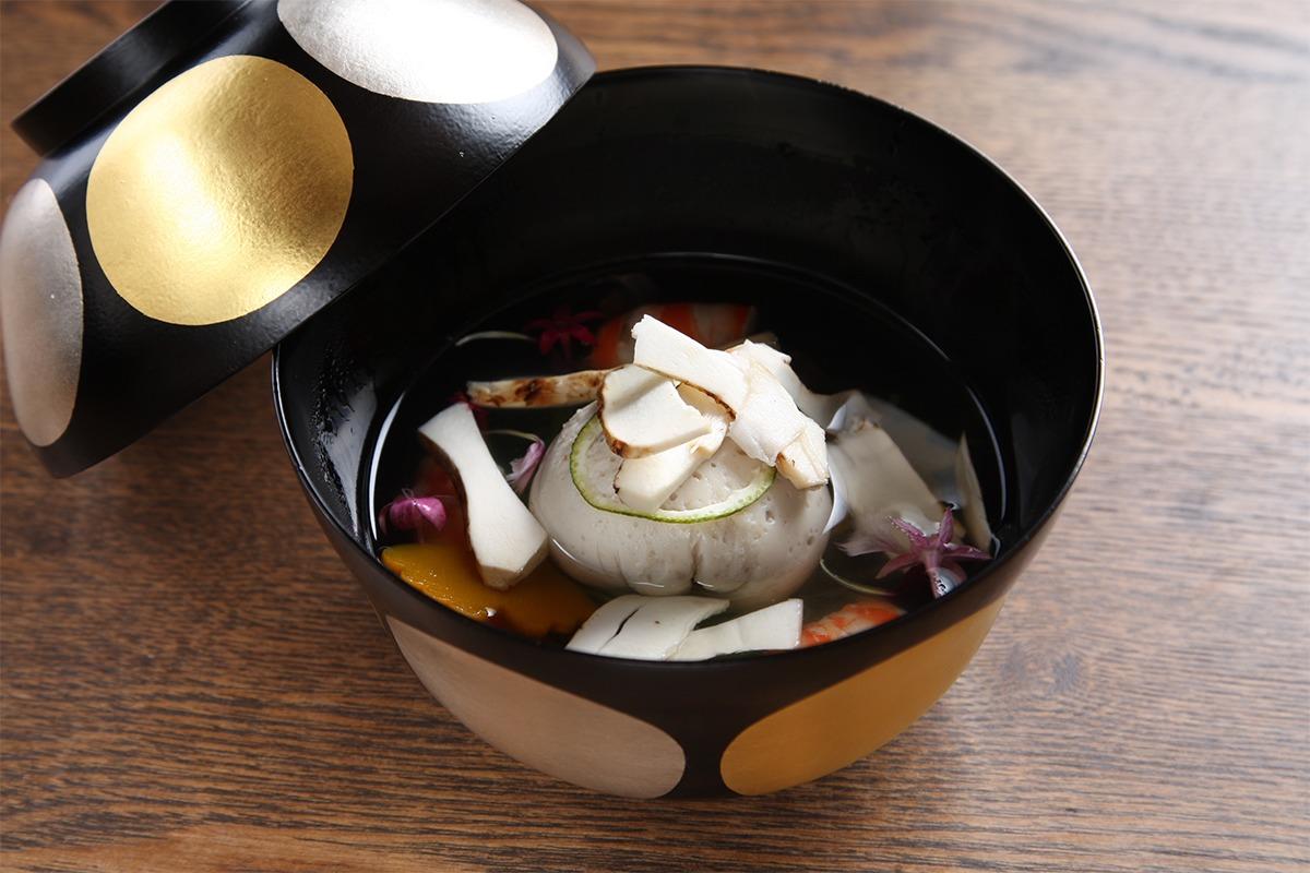 SHÓKUDŌ YArn |ショクドウ ヤーン<br>小松の楽しいレストラン【前編】<br><small>犬養裕美子のディスカバー ベスト・レストラン</small>