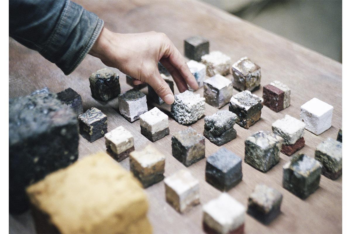 MINO SOILがスタジオ・ムンバイと組み、初の展示「Archeology of Mino」開催
