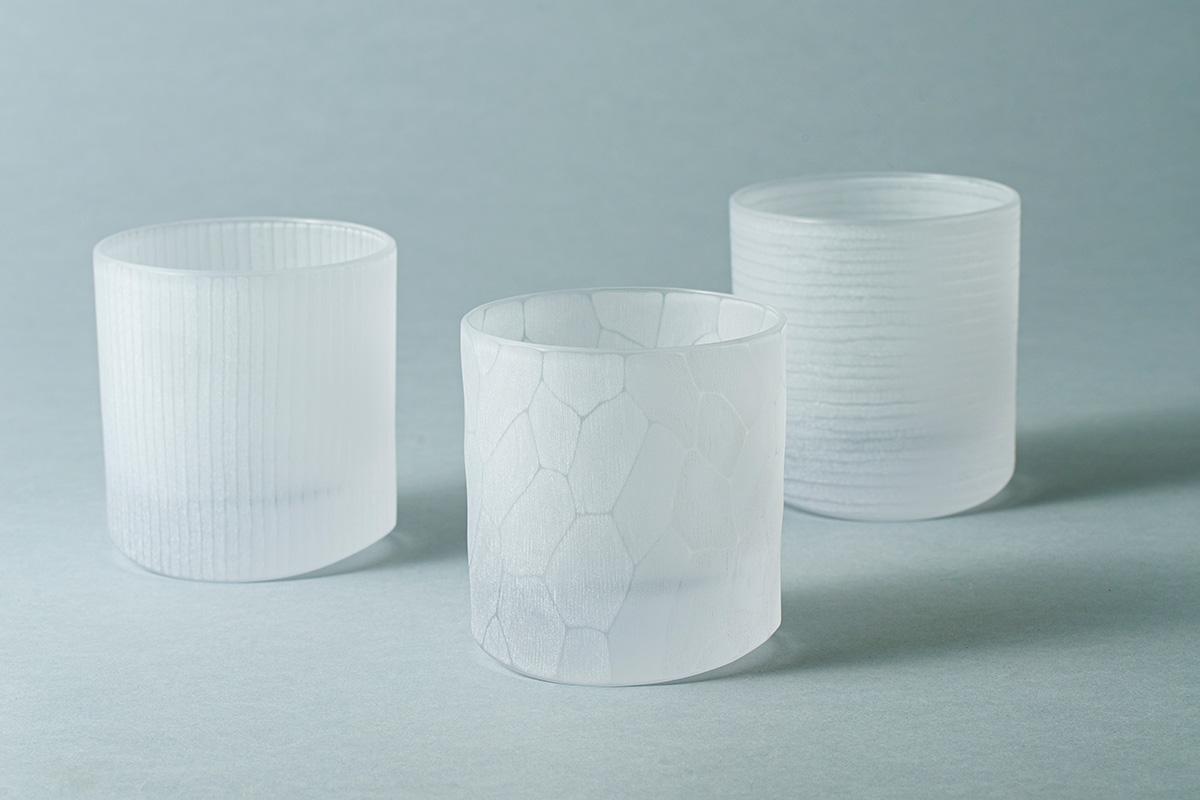 小路口力恵 ガラス作家<br><small>≪日本の夏に涼を運ぶガラスのうつわ≫</small>