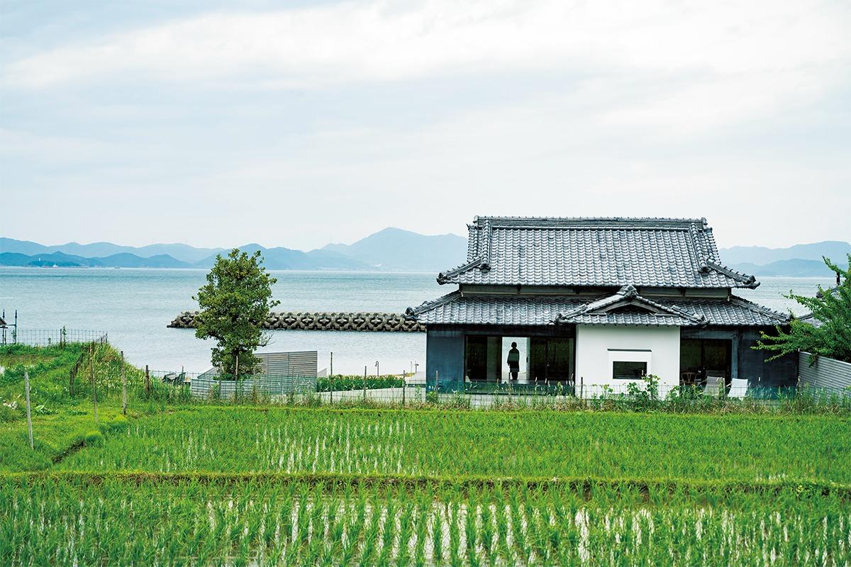 「ウミトタ」<br>豊島の景色を独り占めできる一棟貸し宿