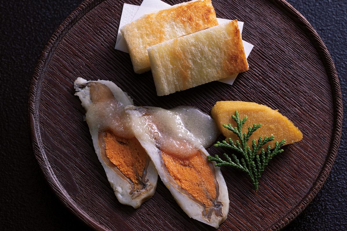 """徳山鮓/とくやまずし<br><small> 滋賀県余呉町へ日本伝統の発酵食、究極の""""鮒鮓""""を訪ねて。【前編】</small>"""