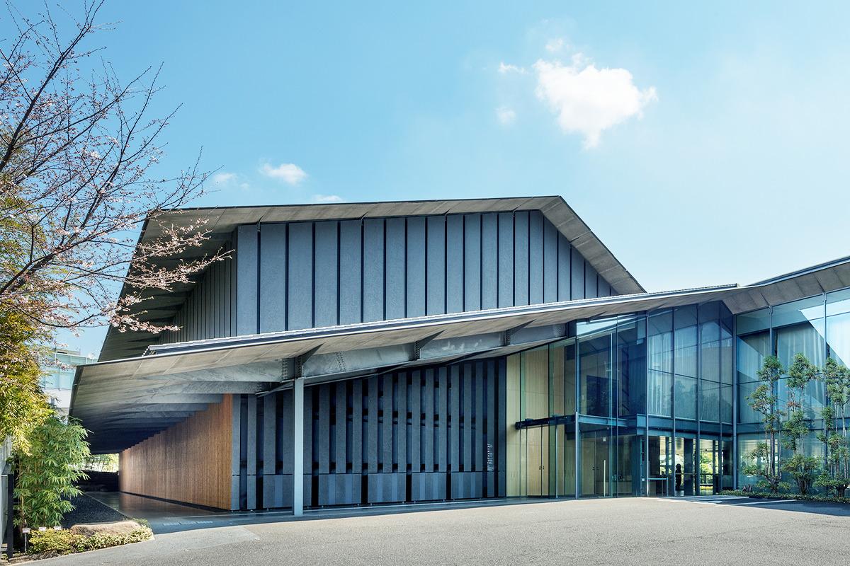 根津美術館<br>「南青山の真ん中で自然と古美術に浸る」
