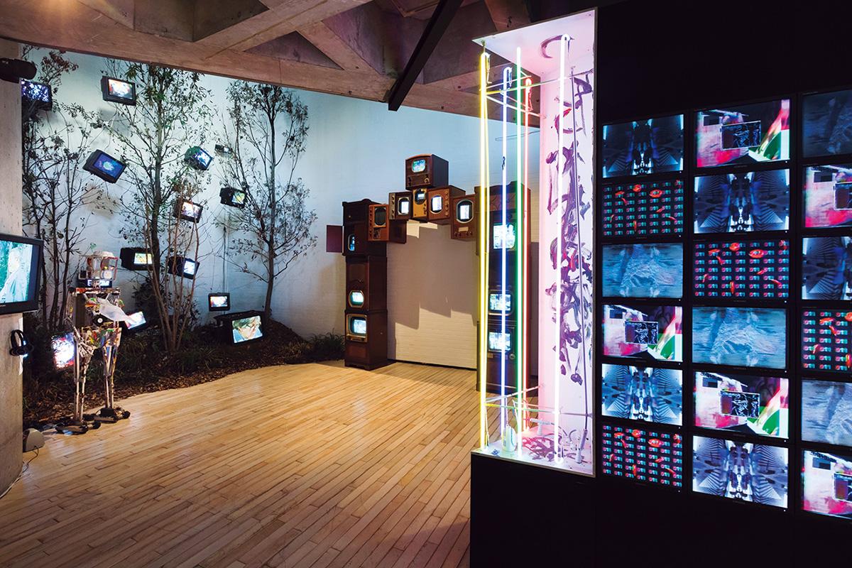 ワタリウム美術館<br>「独創的なスタイルで最先端のアートを発信」
