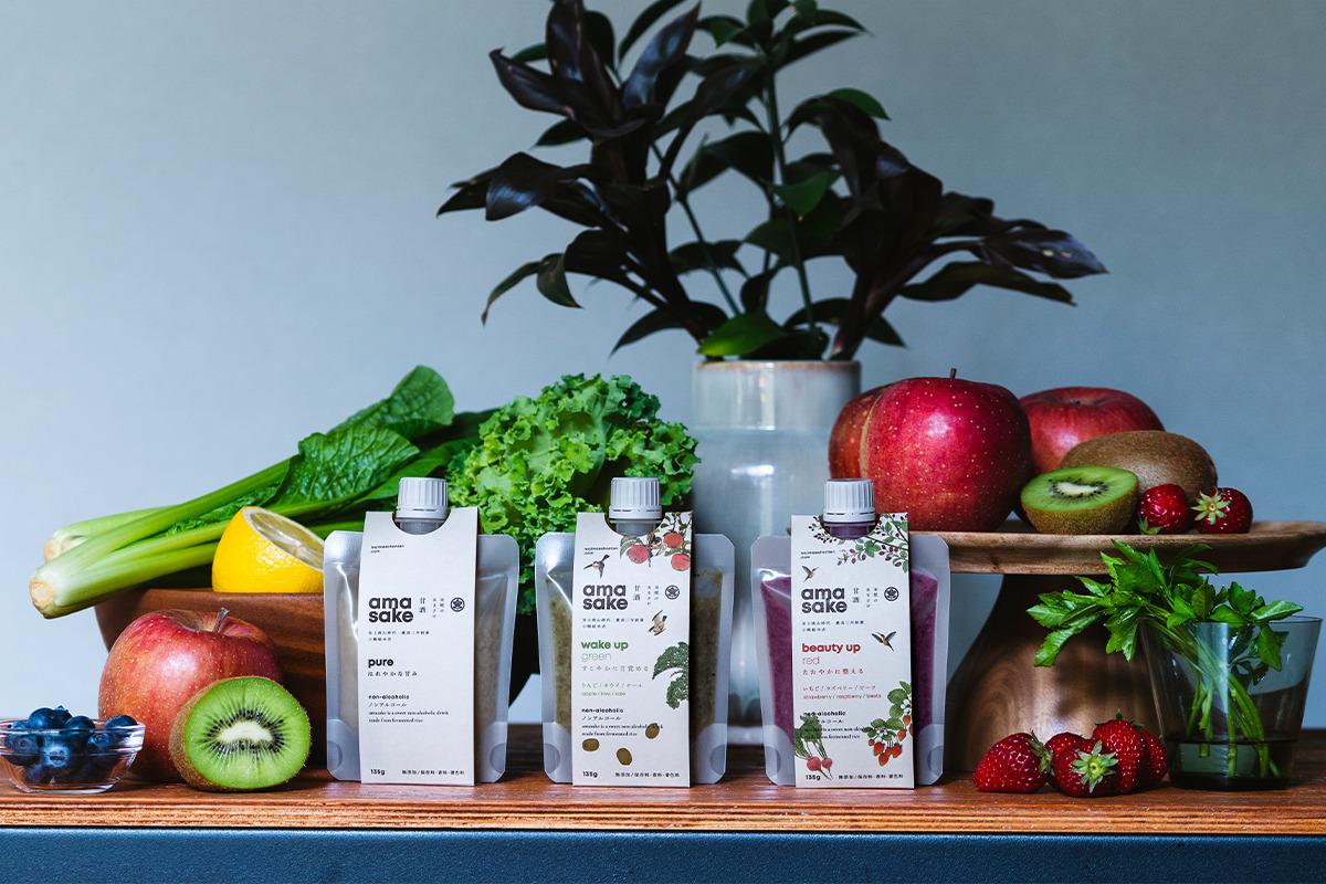 山形県 小嶋総本店<br>《米糀のあまさけスムージー》<br><small>野菜・フルーツの恵みと発酵の力を活かした新しいカタチの「あまさけ」</small>