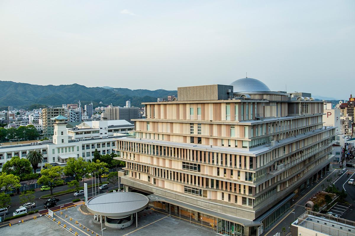 「オーテピア」<br> 高知の「知」を育てる、西日本最大級の冊数を誇る複合施設